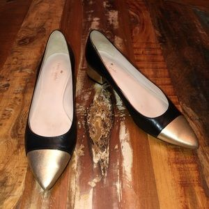Kate Spade black and gold Alleah pump heel